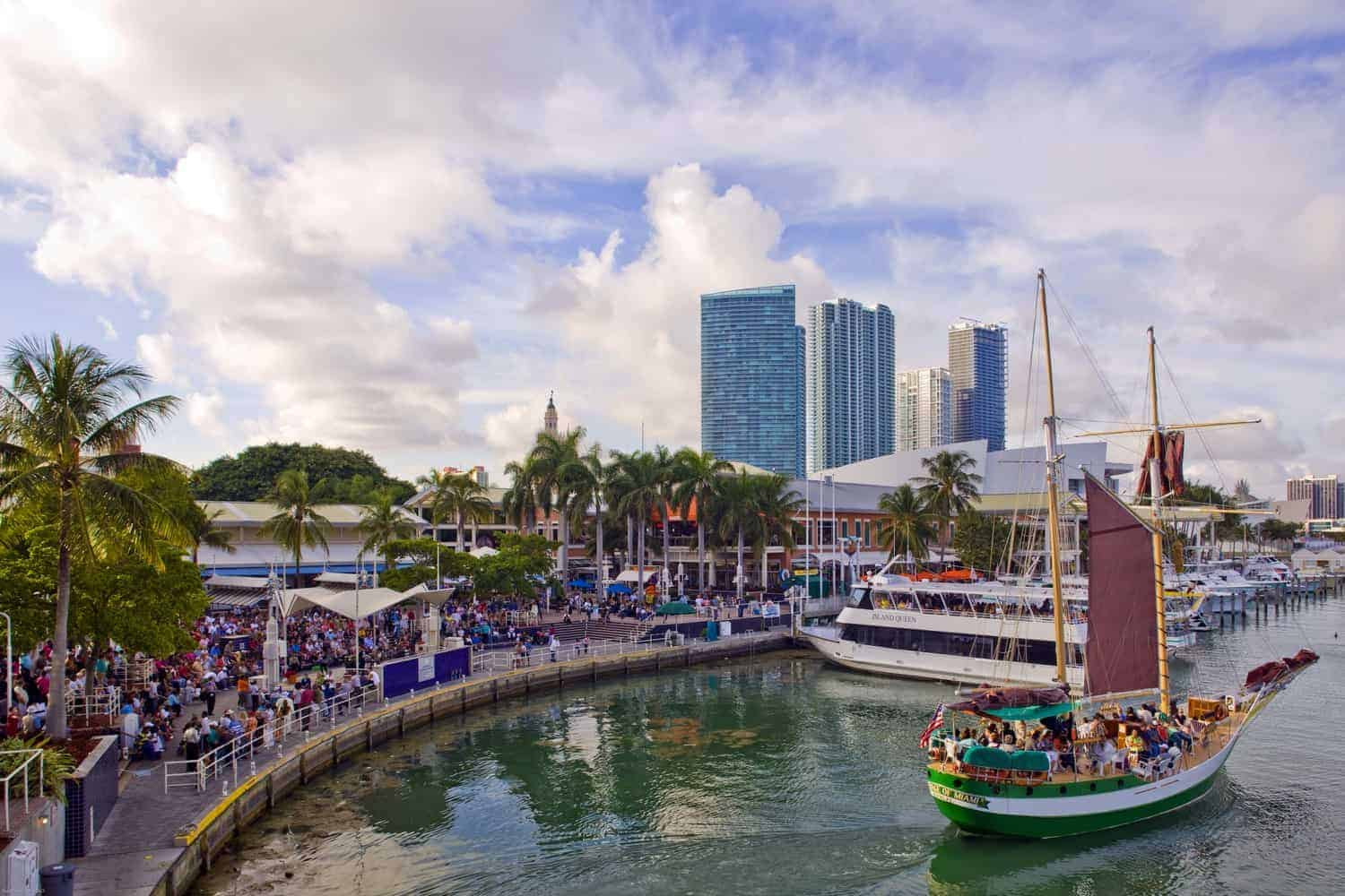 Cheap Tickets And Hotel To Miami