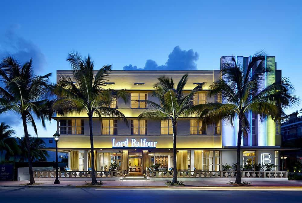 Popular Hotel Water Buy Cheap Hotel Water Lots From China: 7 South Beach Art Deco Hotels That Won't Break The Bank